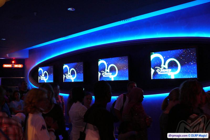 Stitch Live Dlp Guide Disneyland Paris Guidebook