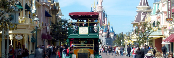 Main Street USA, Sleeping Beauty Castle, Omnibus, Disneyland Paris