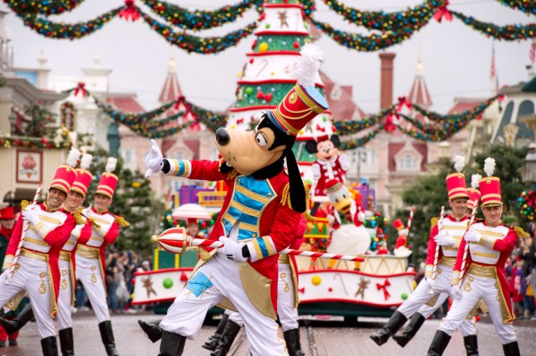 Christmas at Disneyland Paris: December Calendar updates