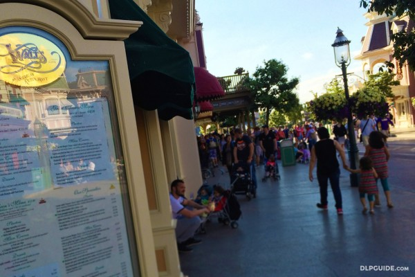 NEW: Disneyland Paris Restaurant Closure Dates on one page