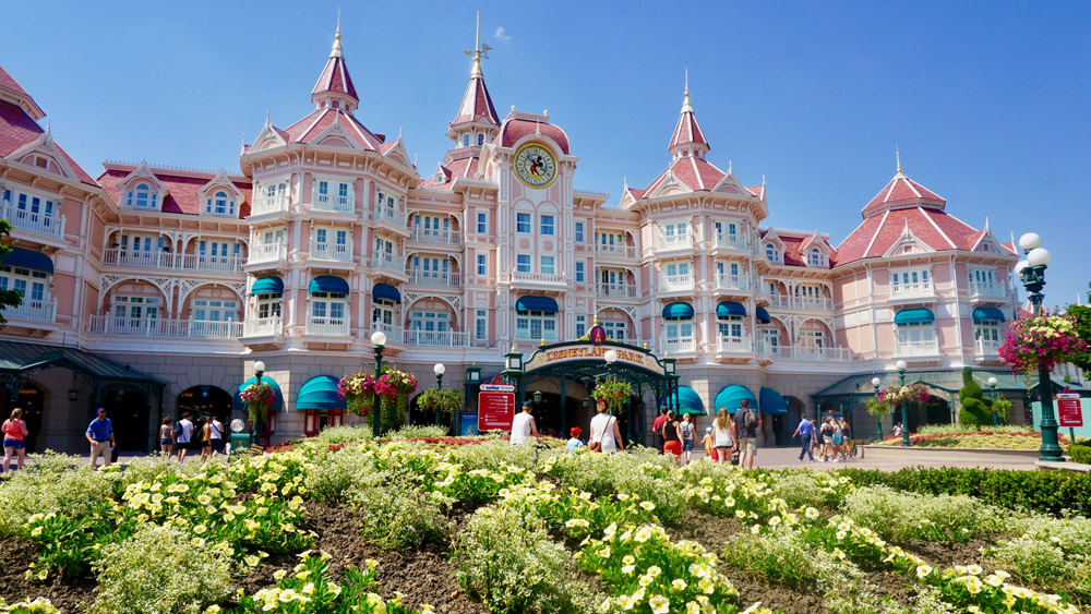 Experience the magic of Disneyland® Paris! Plan or book Disneyland® Paris holidays, deals and Disney® Hotels by visiting Walt Disney Travel Company.